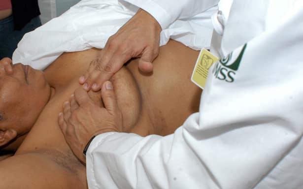 Más de 20 mil pruebas para detección de cáncer realiza el IMSS en su clínica de mama