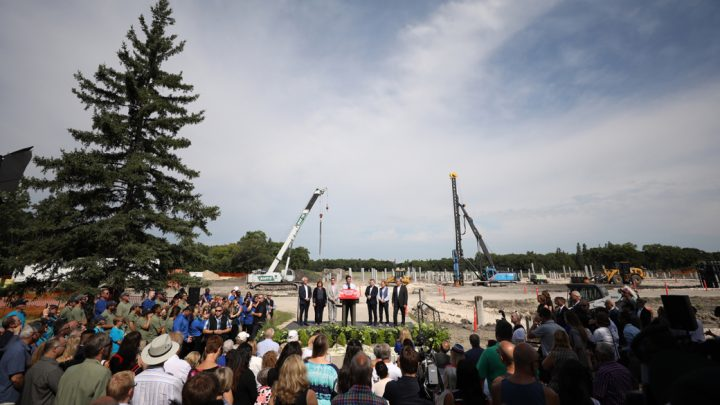 Prime Minister Justin Trudeau announces funding to complete redevelopment of Winnipeg's Assiniboine Park