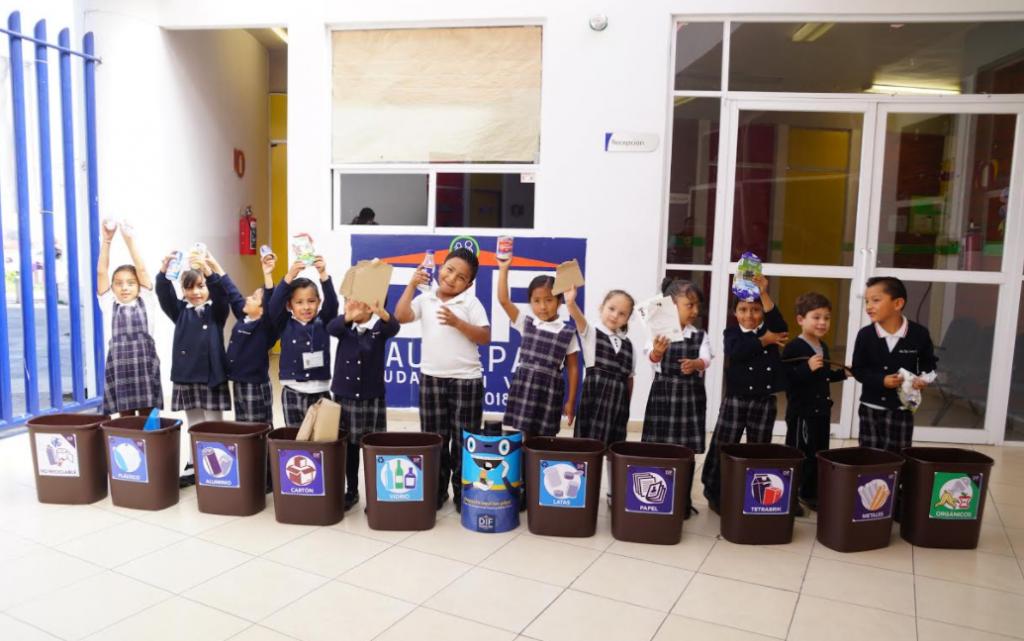 Campaña de reciclaje y separación de residuos en DIF Naucalpan