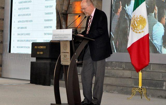 La asignación de plazas docentes por la vía del mérito favorece el aprendizaje de los alumnos: Eduardo Backhoff, Consejero Presidente del INEE
