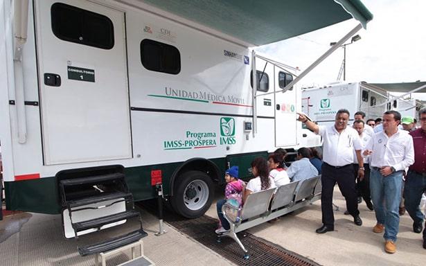 Con unidades móviles, IMSS reanuda servicio médico en clínicas de Chiapas y Oaxaca afectadas por sismo