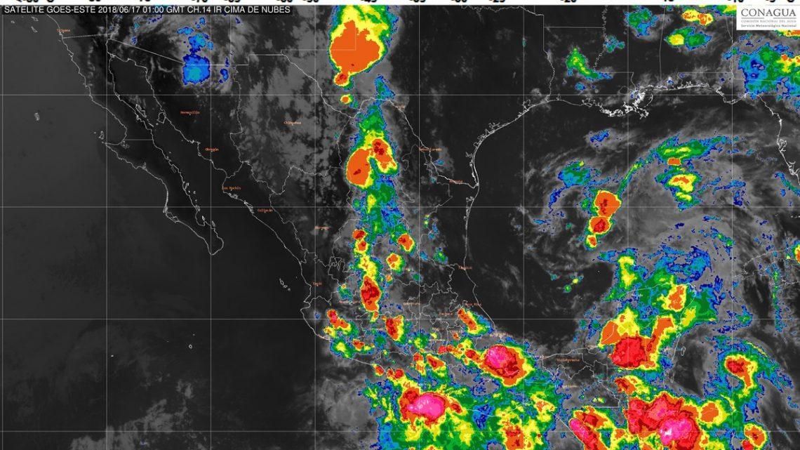 La tormenta tropical Carlotta genera tormentas puntuales torrenciales en Guerrero y Oaxaca