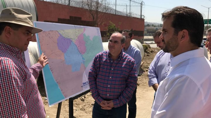 Supervisan Conagua y Semarnat trabajos de saneamiento del Río Tijuana