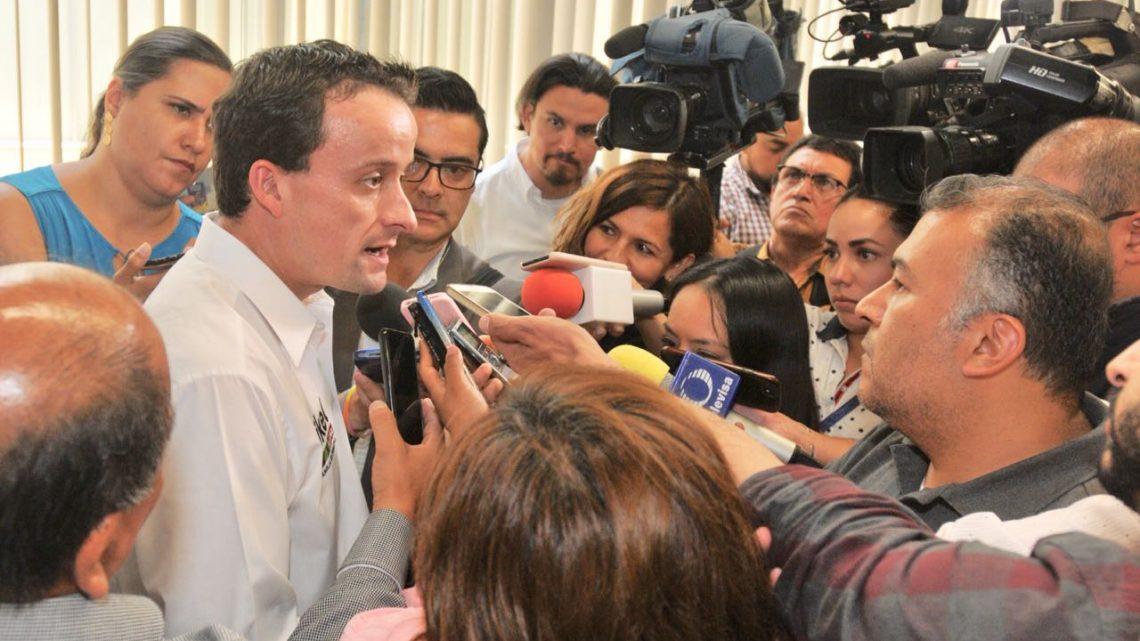 Llama Mikel a Perredistas, Panistas, Verdes e indecisos a votar por el cambio que propone para una mejor Ciudad