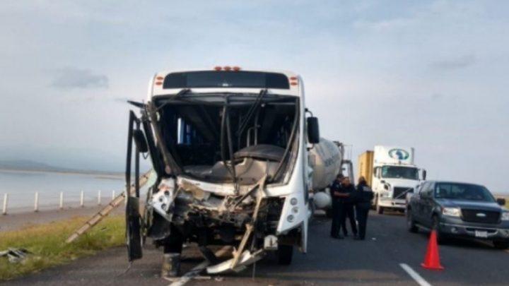 Un solo paciente hospitalizado después de accidente en la Colima-Guadalajara