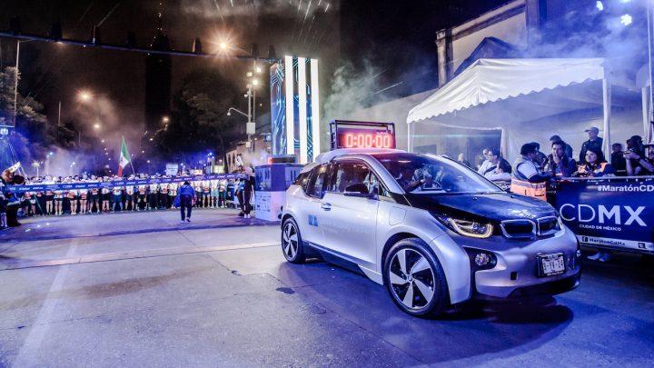 "Tres BMW i3s electrificaron el ""Maratón CDMX Telcel 2018"""