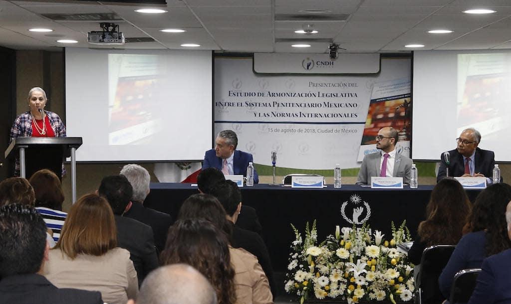 Presenta CNDH avance de armonización legislativa entre sistema penitenciario mexicano y normas internacionales