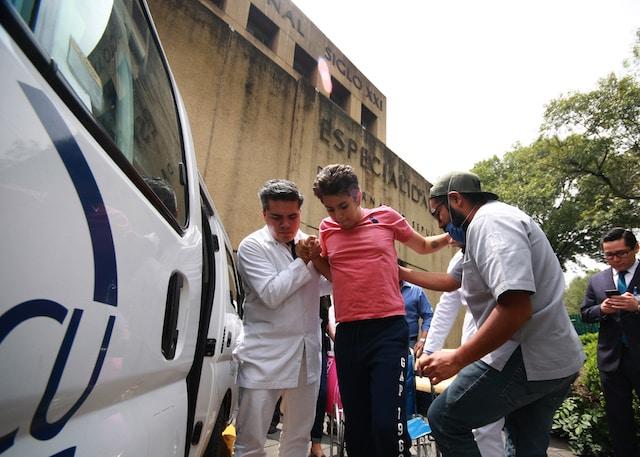 Recuperado de herida potencialmente mortal, segundo estudiante de la UNAM deja hospital del IMSS