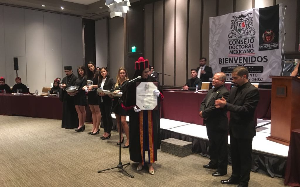 "Consejo Doctoral Mexicano otorga ""Doctor Honoris Causa"" a Asambleista Janet Hernández"