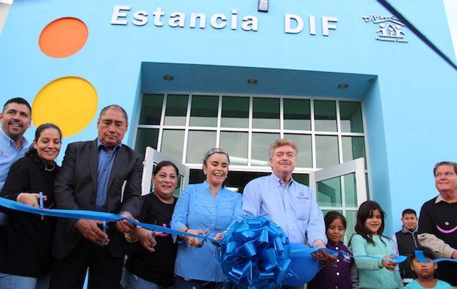 Inaugura Gobernador Francisco Vega y presidenta de DIF estatal, Brenda Ruacho estancia infantil en San Quintín