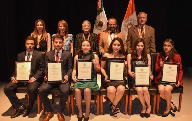 Reconoce UDLAP trayectoria de estudiantes y académicos