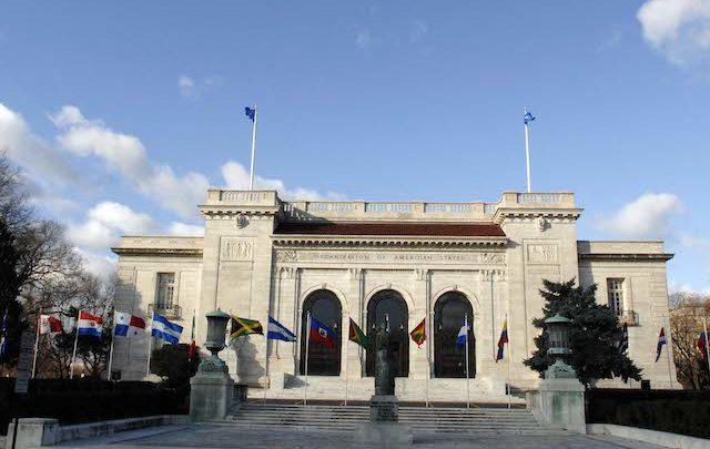 """Consejo Permanente de la OEA acuerda """"no reconocer la legitimidad del período del régimen de Nicolás Maduro"""""""