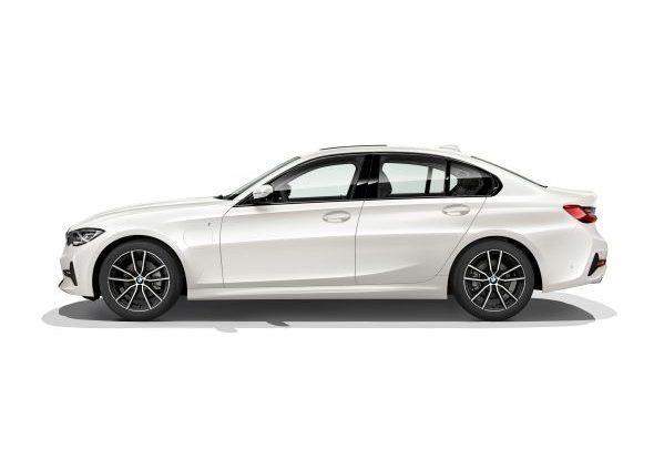 Más deportivo y eficiente que nunca: nuevo BMW 330e Sedán