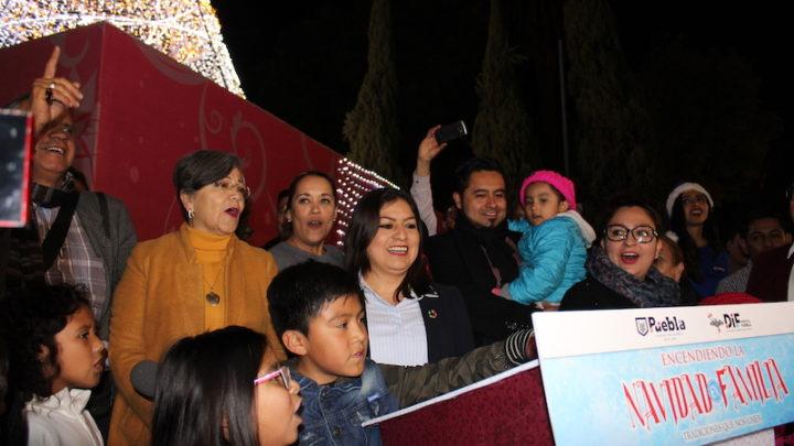 Presidenta Municipal de Puebla enciende Alumbrado Navideño 2018