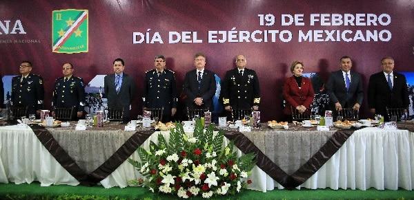 Reconoce gobernador Francisco Vega labor de las fuerzas armadas en beneficio de los ciudadanos