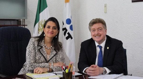 Se reúne gobernador Francisco Vega con la titular del servicio de administración tributaria (SAT), Margarita Ríos Farjat