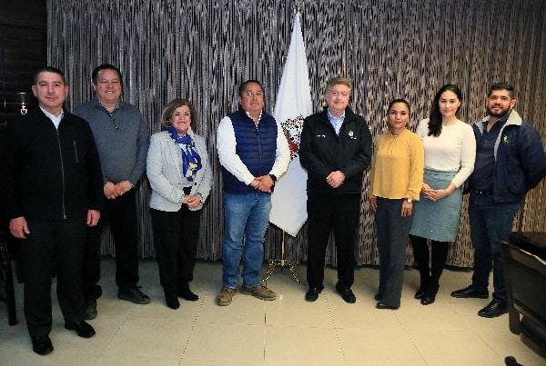 Se reúne gobernador de Baja California con patronato de Agrobaja