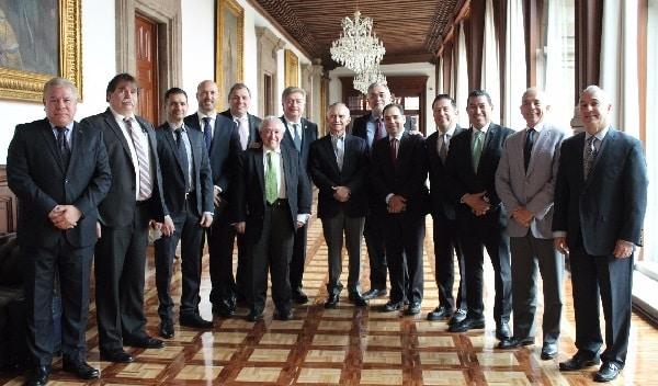 Atiende gobernador Kiko Vega con jefe de oficina de presidencia temas del sector productivo de BC