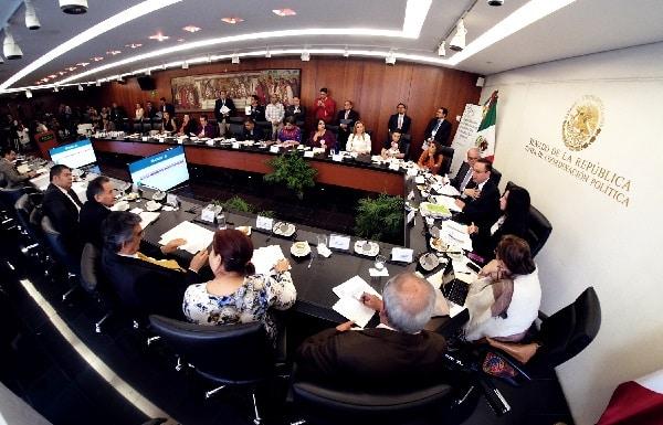 IMSS, comprometido con la gratuidad de consultas y medicamentos: Germán Martínez Cázares