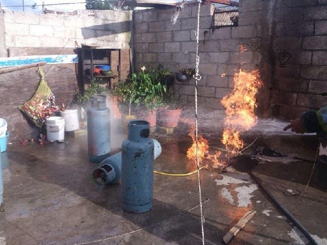 Ministerio Público investiga explosión en Iztapalapa