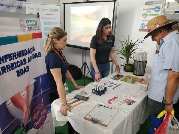 Capacita Gobierno De Baja California A Módulos De Alimentos