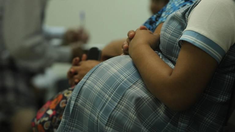 A más deserción escolar, mayor cantidad de embarazos a temprana edad. Foto: Especial