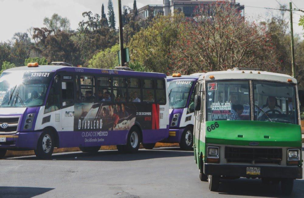 Nuevo requisito para trabajar como chofer de transporte público en la CDMX. Foto: Chilango