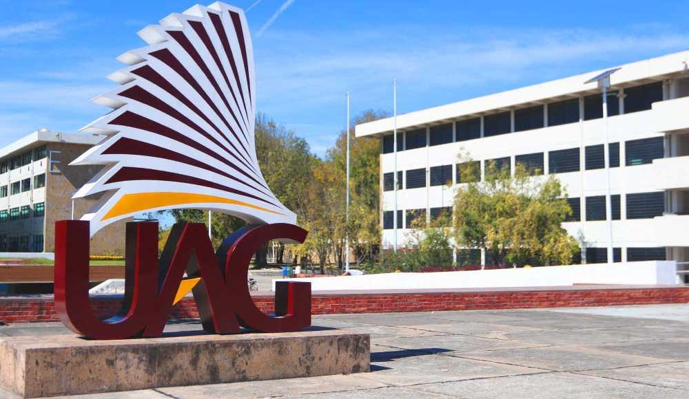 Universidad Autónoma de Guadalajara suspende clases por COVID-19